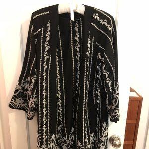 Topshop black and white fringed kimono sz 6